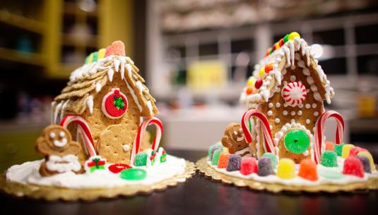 17 Fun Things To Do on Christmas Day - via TipJunkie - ChildDiary