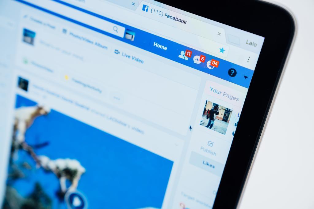 """Educação de Infância e as Redes Sociais """"Amigos ou Inimigos"""" - Facebook"""