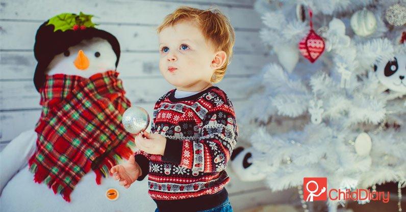 3 dicas para uma festa de Natal com crianças - Menino no natal