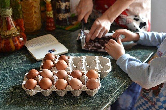 25 Ideias de Atividades para Fazer em Casa com as Crianças Durante o Confinamento